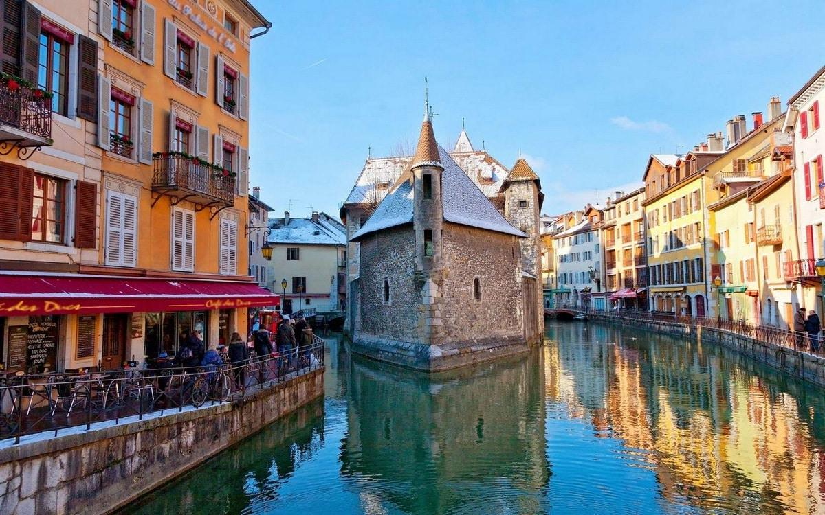 Maisons Et Chalets Des Alpes Agence D Annecy